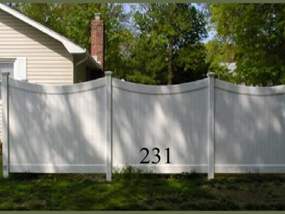 Curved Solid Vinyl Privacy-Model 231